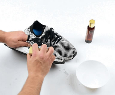 Cleaning Your Sneakers Step 2