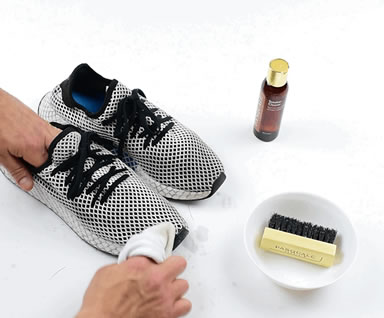 Cleaning Your Sneakers Step 3